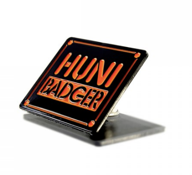 HUNI BADGER - HAT PIN