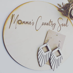 Farmhouse Fringe - Momma's Country Soul
