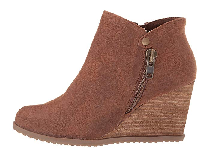 Not Rated Amiel Booties (Tan)