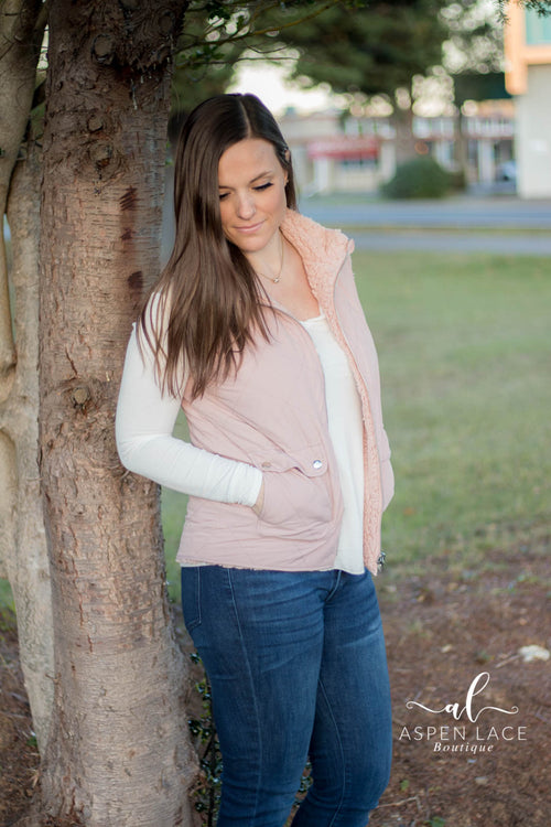 *Final Sale* Fawna Quilted Vest (Mauve)