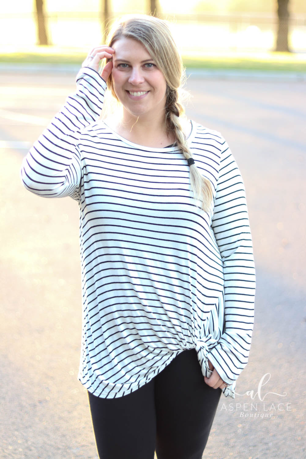 Hannah Knot Top- Curvalicious (Ivory & Black Stripe)