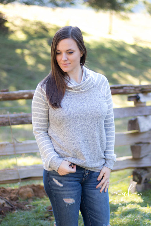 Mai Zipper Top (Heather Grey)