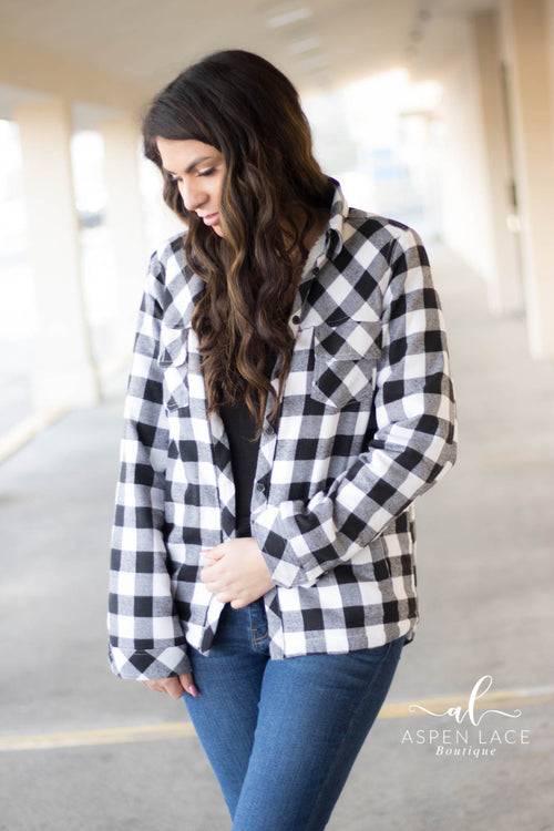 Shyra Flannel (Black + White)