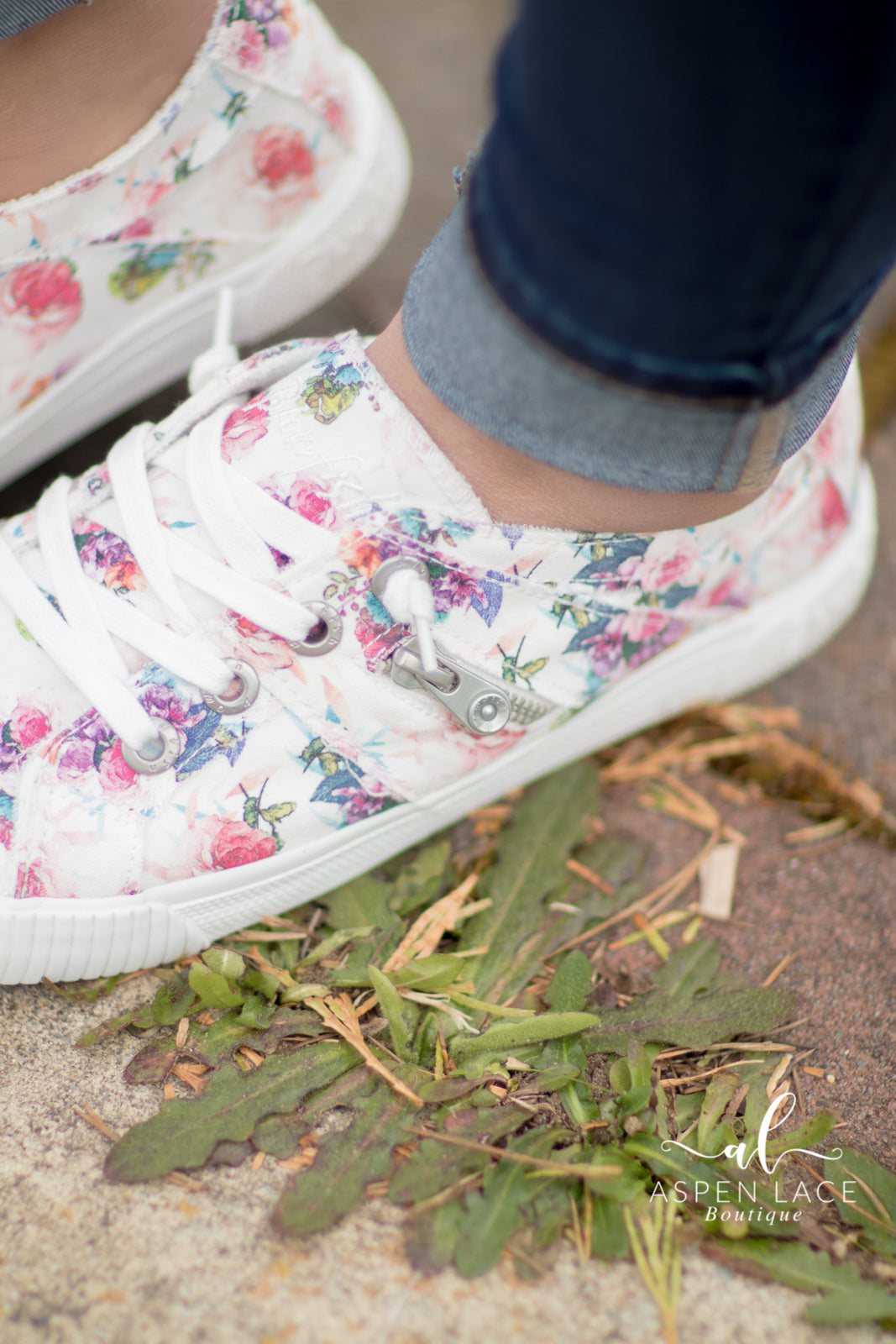 Blowfish Fruit Sneakers (Off White Starbella)