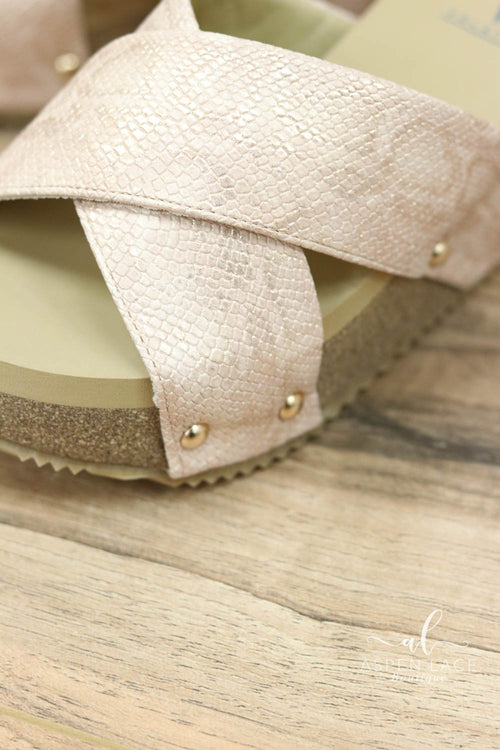 *Final Sale* Melody Wedges (Blush)