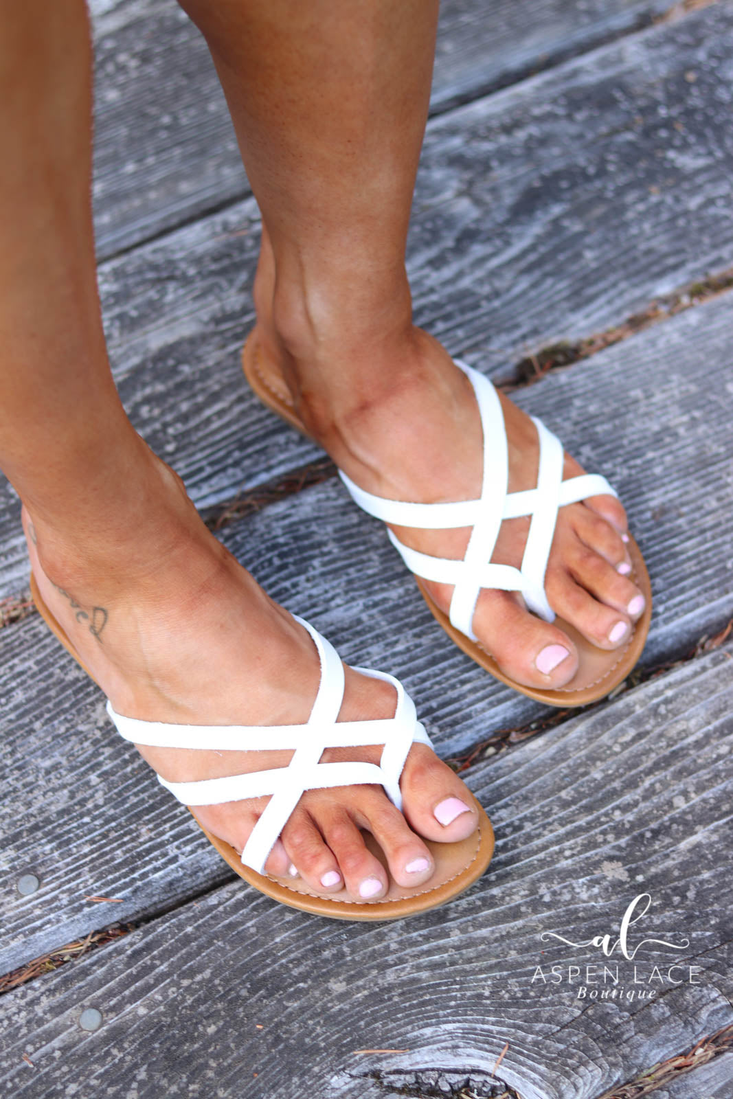 *Final Sale* Kate Sandals (White)