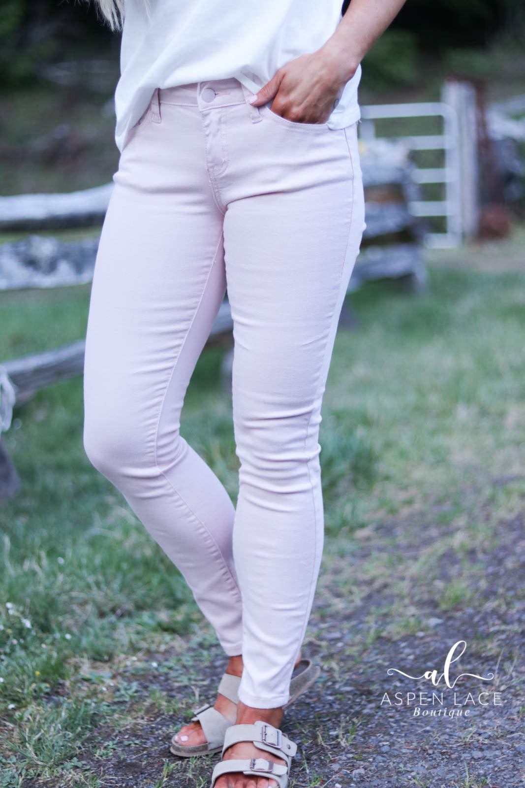 Logan Judy Blue Jeans (Blush)