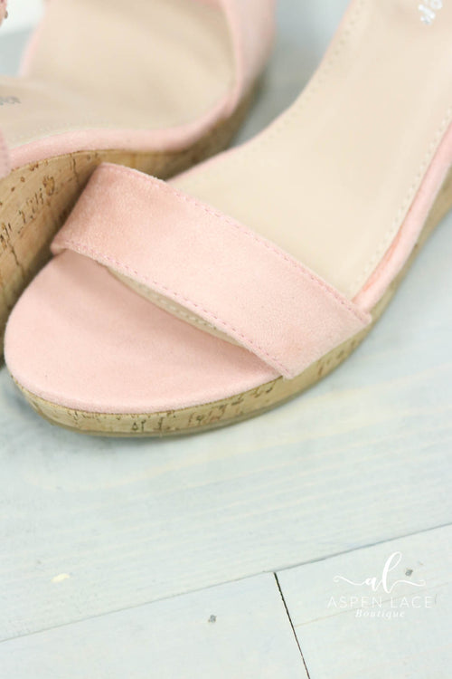 *Final Sale* Lindy Wedges (Blush)
