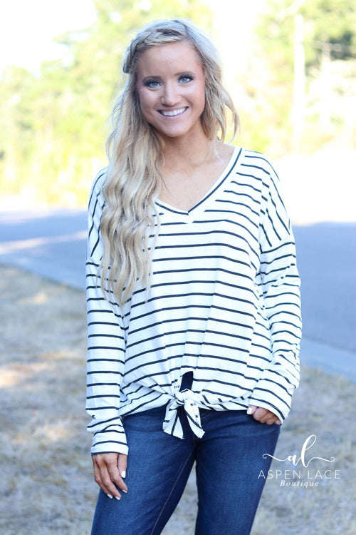 Kenya Knit Top (Ivory) -Curvy-