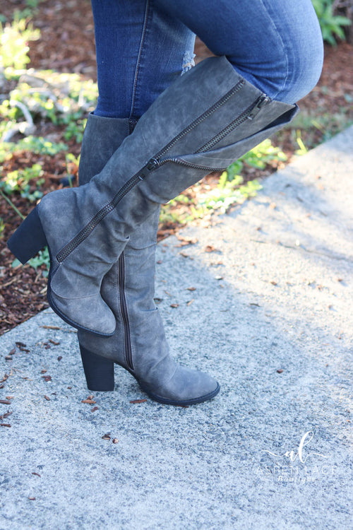 Not Rated Valda Boots (Grey)