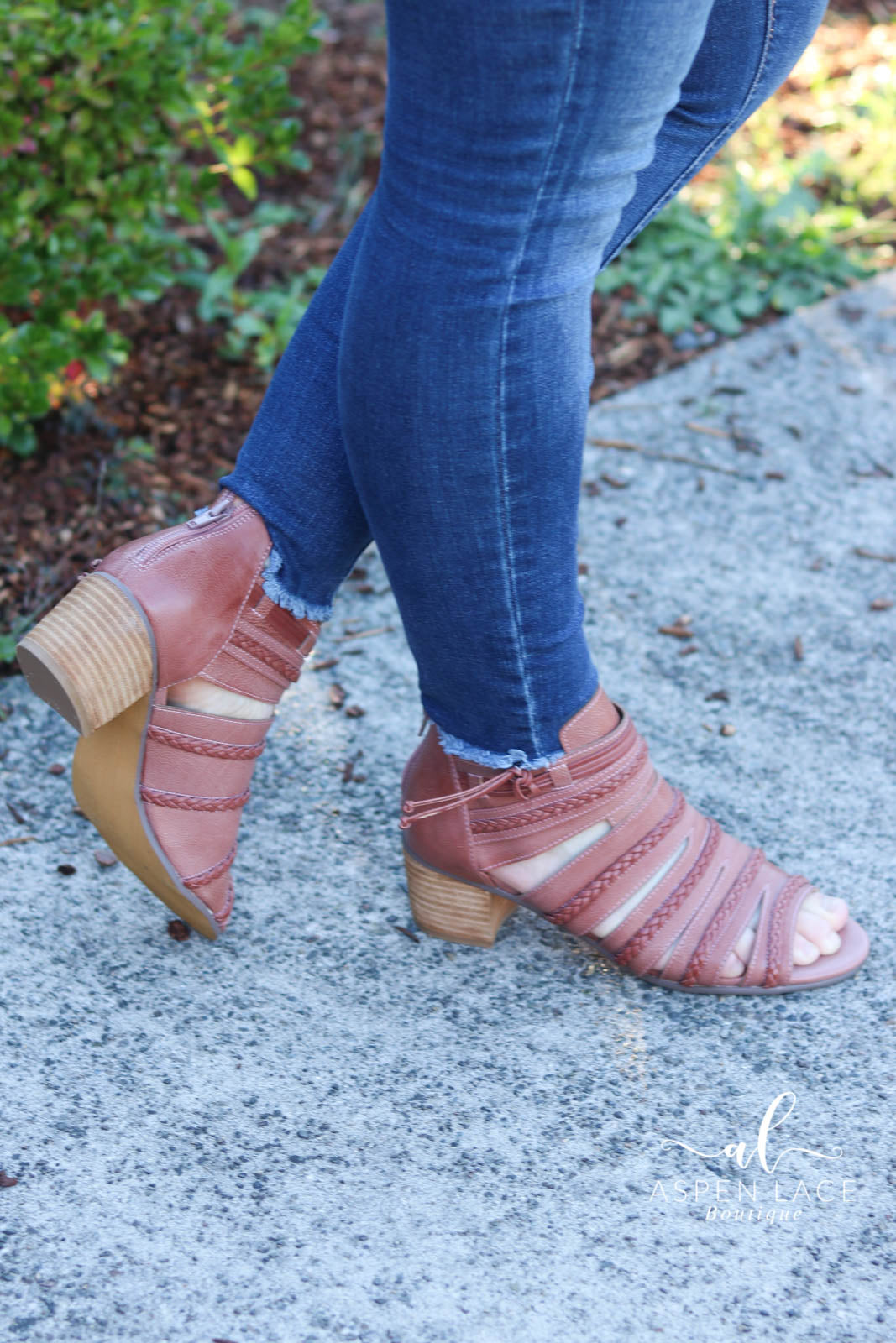 Not Rated Cullie Booties (Blush Brick)