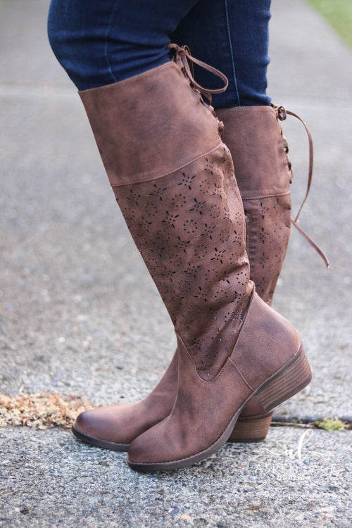 Not Rated Hermosa Boots (Tan)