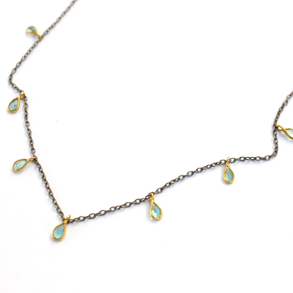 Delicate Droplets necklace