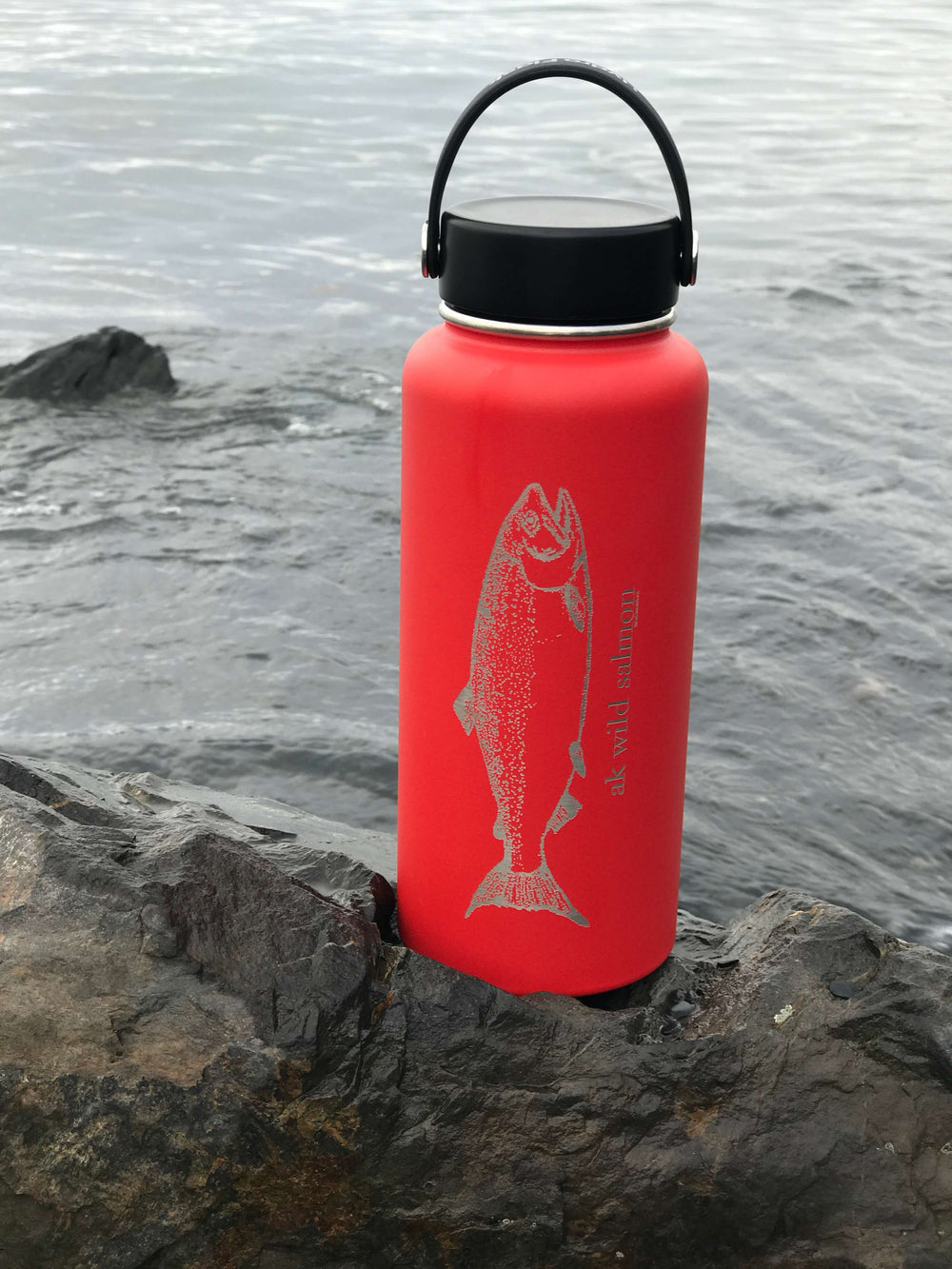 Red AK Wild Salmon 32oz Hydroflask (Flex Cap or Straw Lid)