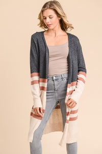 Long Sleeve Cardigan with Contrast Colors.