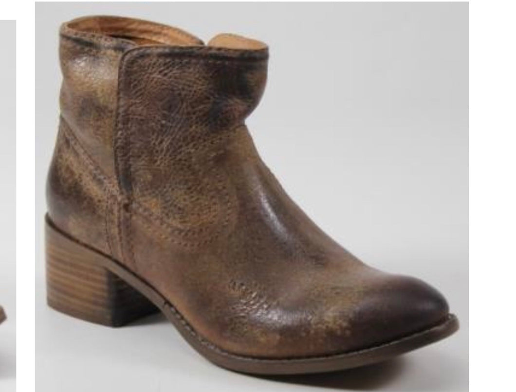 Diba True Walnut Grove Vintage Tan Boots