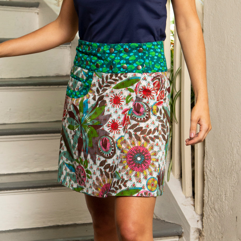 REVERSIBLE SKIRT WITH GROMMET SNAPS | ONE SIZE