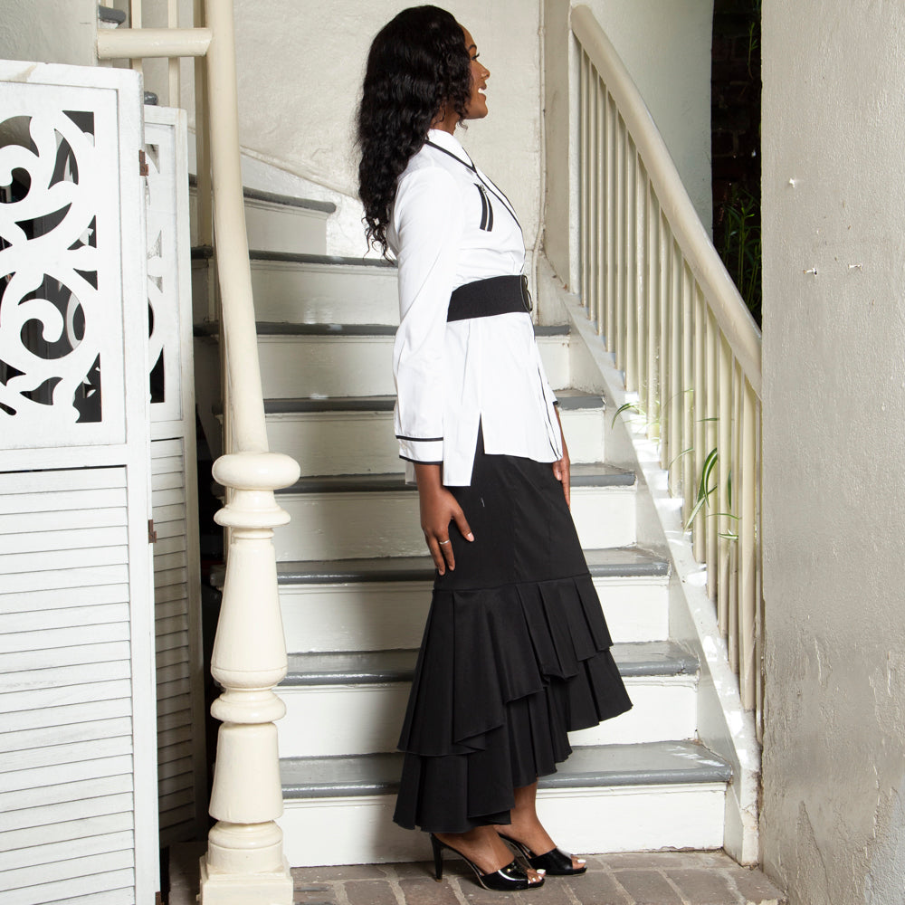 TIERED RUFFLE MAXI SKIRT IN BLACK