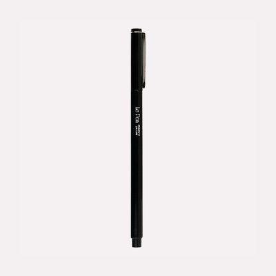Le Pen Black Fine Tip Pen