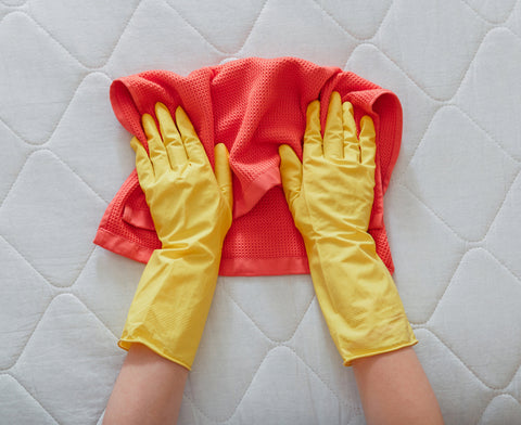 Clean a Water Stain on a Mattress