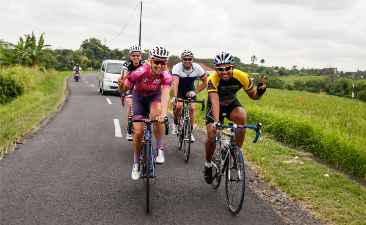 Beat the Winter Freeze with a Cycling Tour in Bali!