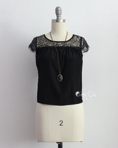 Berta Black Lace Cap Sleeve Top (Size S) - C'est Ça New York