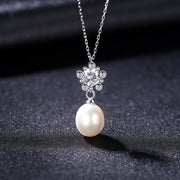 'Felidia' Pearl Necklace - Sterling Silver