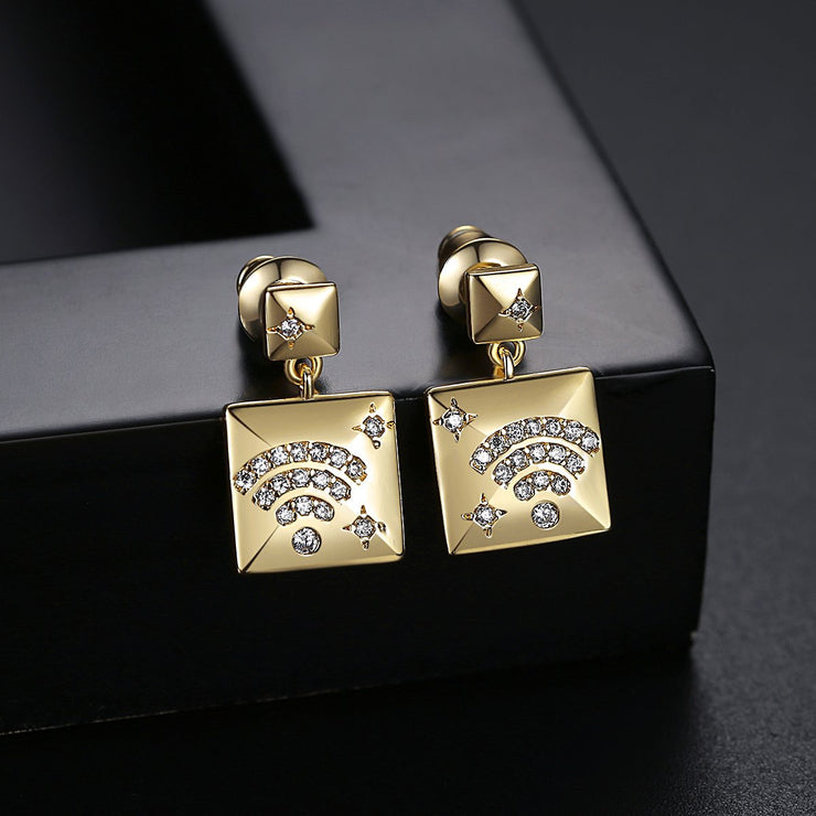 'Carlina' Earrings - 18K Gold Finish