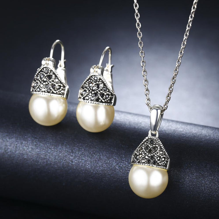 White Gold Plated Pearl Necklace & Earrings Jewelry Sets