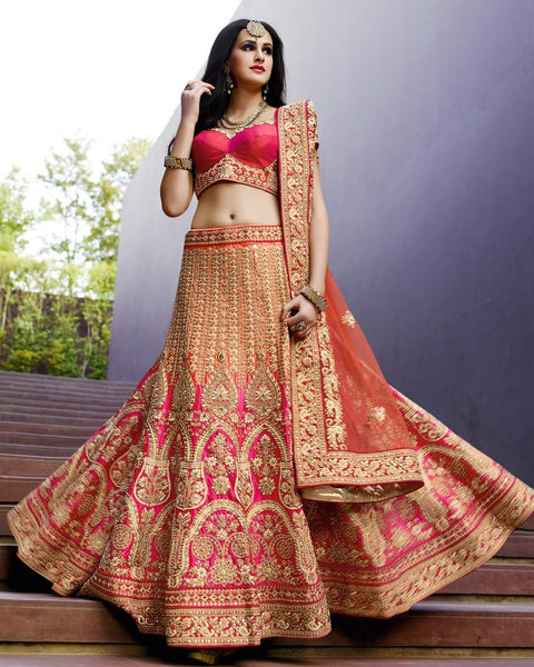A Ghagra choli and panto sunglasses: the go-to Indian wedding dress