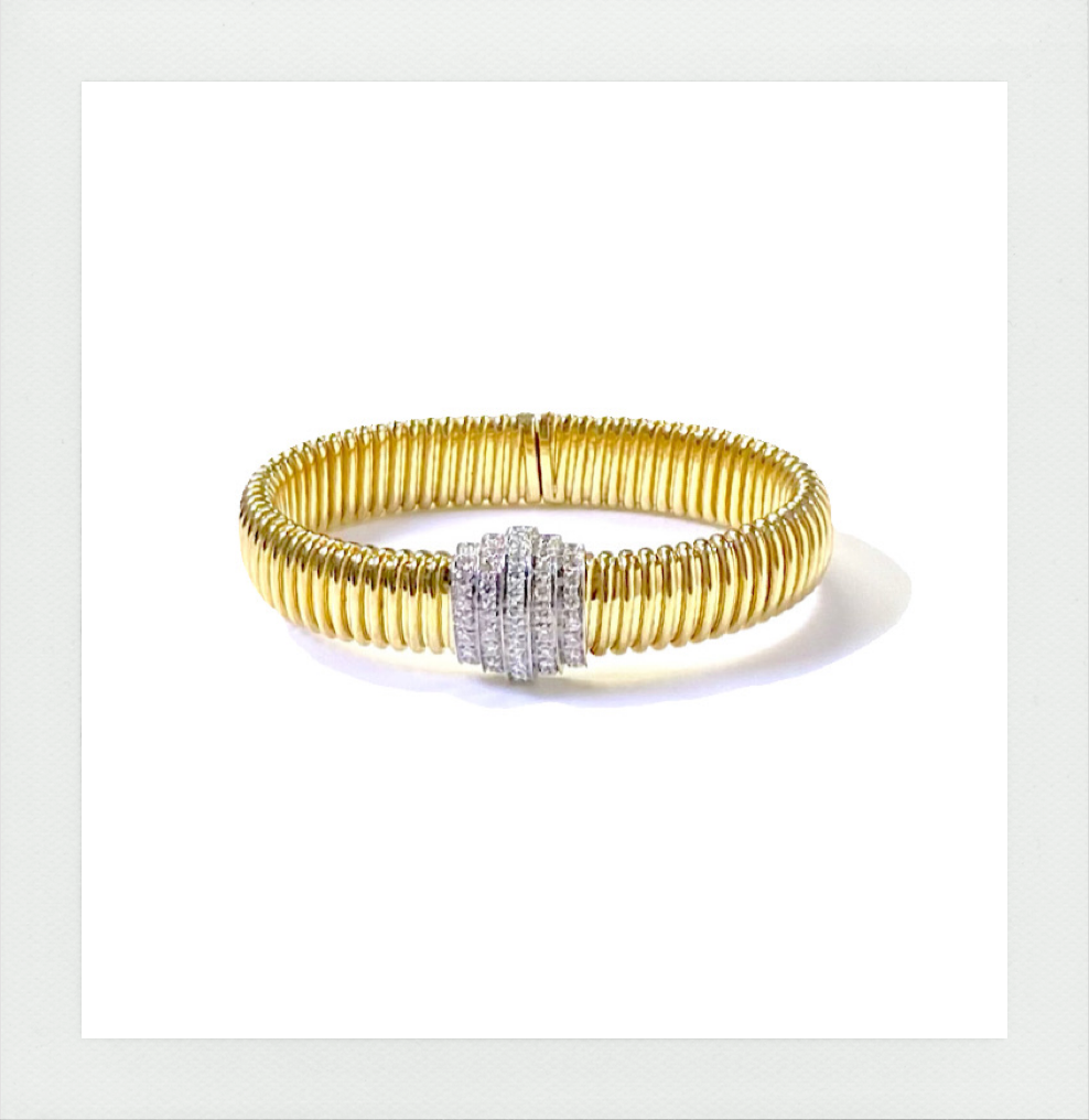 Scala diamonds cuff bracelet