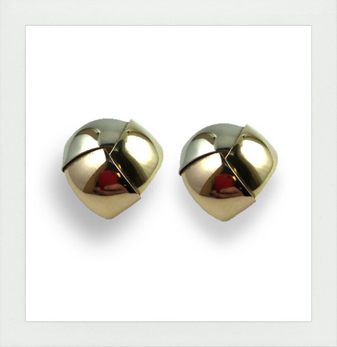 Tricolor stud earrings