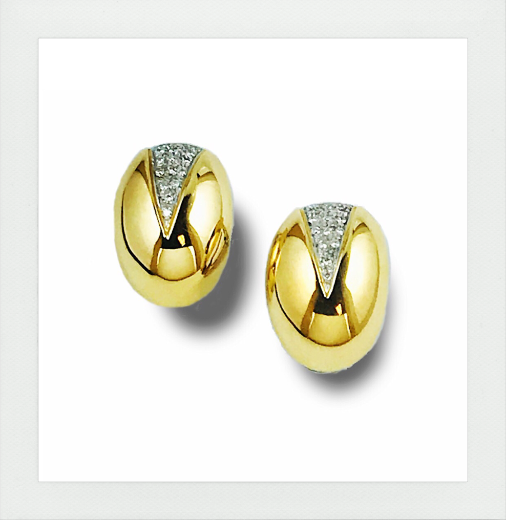 Yellow and White gold with diamonds stud earrings