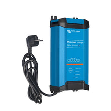 Blue Smart IP22 Charger 24/16(1) 230V UK