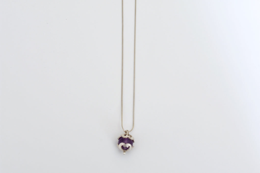 Domed flower pendant with amethyst