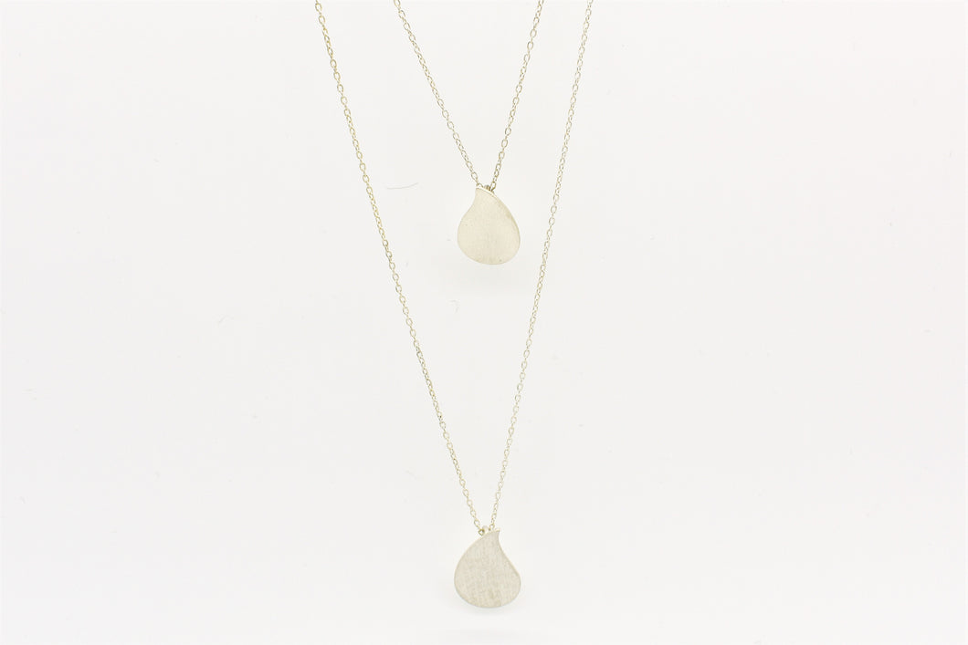 Layer drop necklace