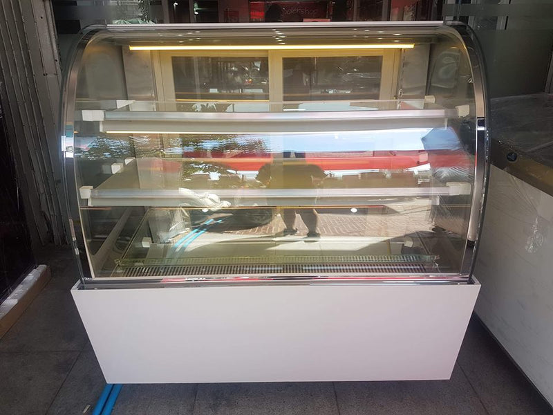 CDP-155 Penguin Cake Display (1,5m)
