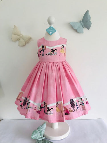 The Wishfairy Eve Dress 'Girls Happy Sewing'