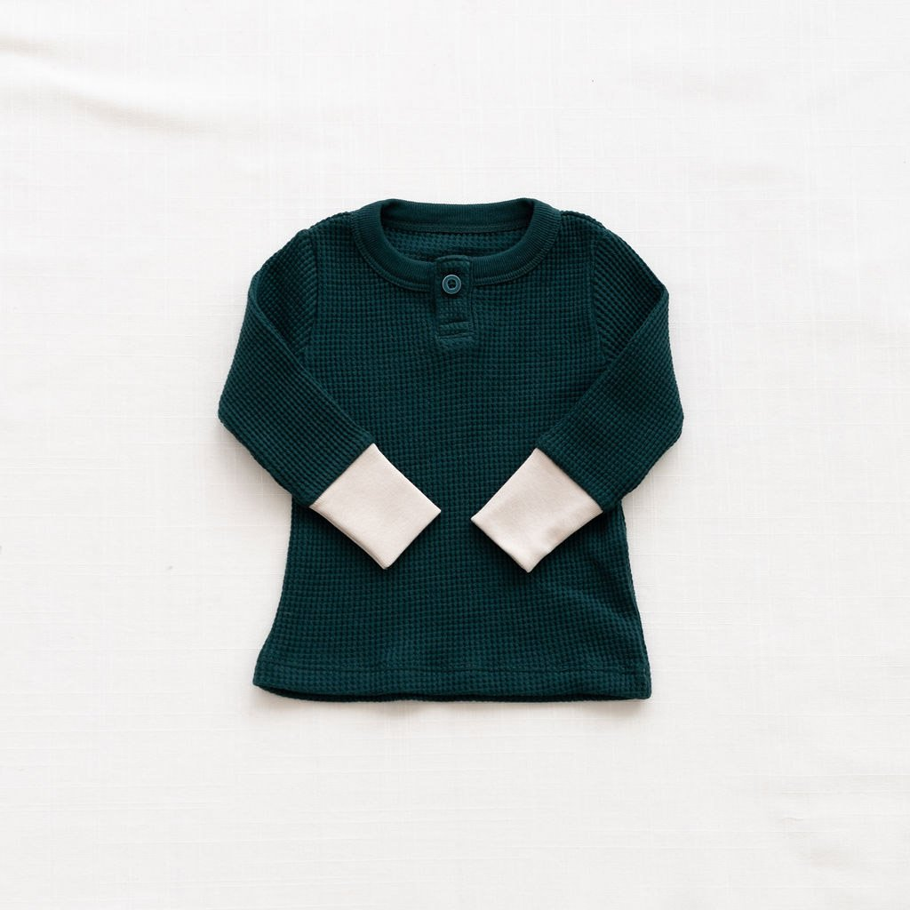 Fin & Vince Waffle Henley Top forest