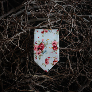 Pearl Forest Floral Tie (Nature Collection)
