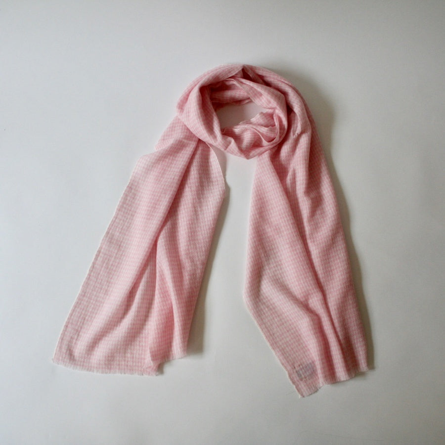 Handwoven Cashmere Scarf Pink Houndstooth