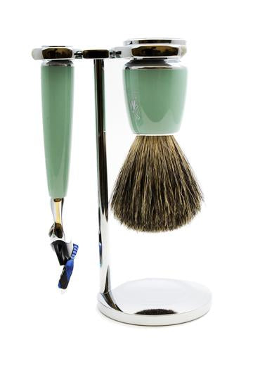 Muhle Rytmo Fusion 5 shaving set including stand with pure badger shaving brush and Fusion 5 razor with mint resin handles