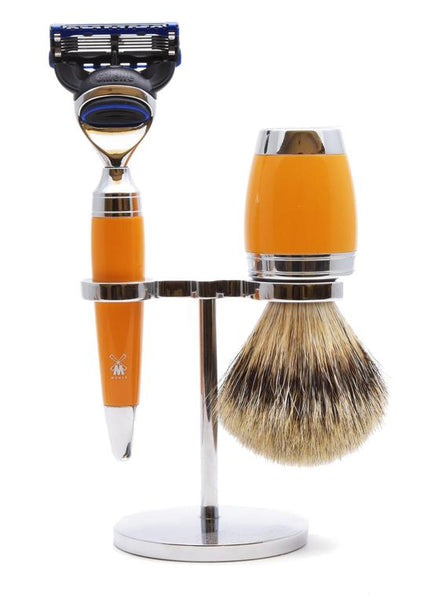 Muhle Stylo Fusion 5 shaving set including stand with silvertip badger shaving brush and Fusion 5 razor with butterscotch handles