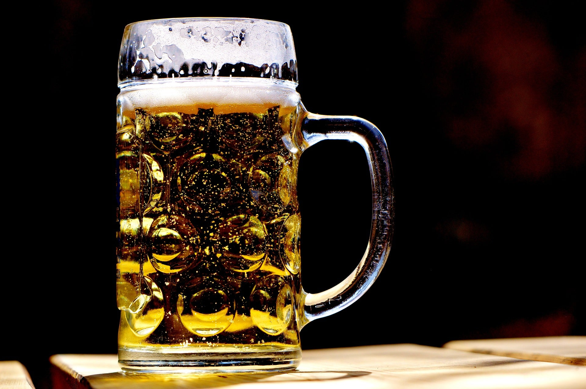 Alkoholfreies Bier: Der perfekte Post-Workout Drink?