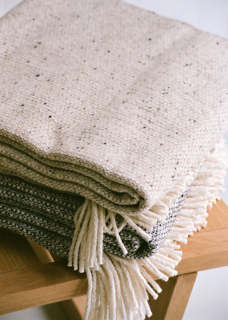 Tweed Emphasize Throw