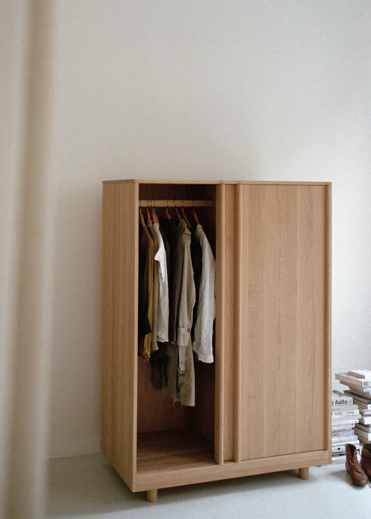 Wardrobe with Sliding Doors (Oak)