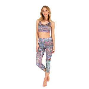High Waist Yoga Capri Pant Paris, Allover Print Flowers