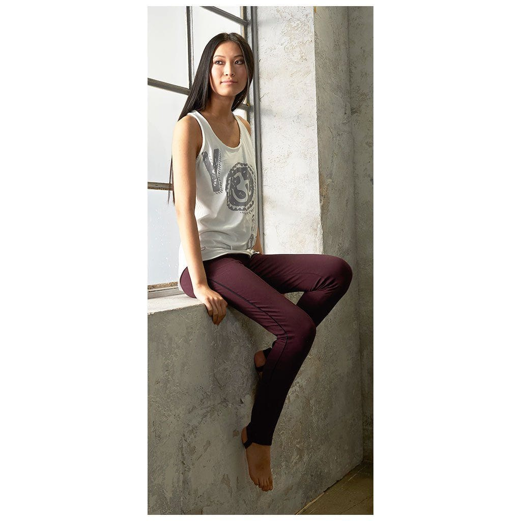"Yoga-Leggings ""Radha"", port royale - Yogahose mit Steg - Kamah Yoga and Style"