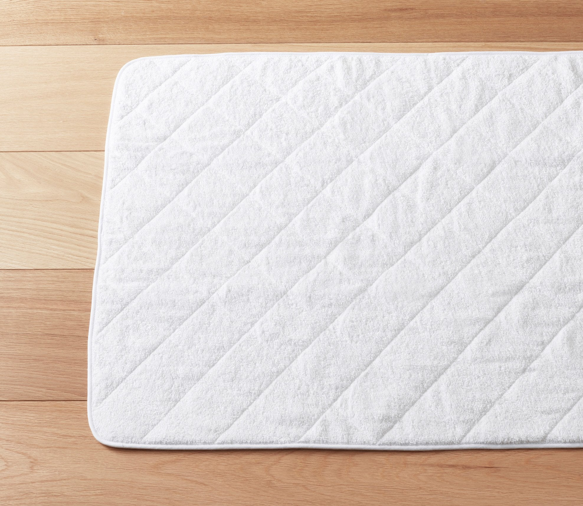 Cairo Quilted Bath Mat White Product Image 1