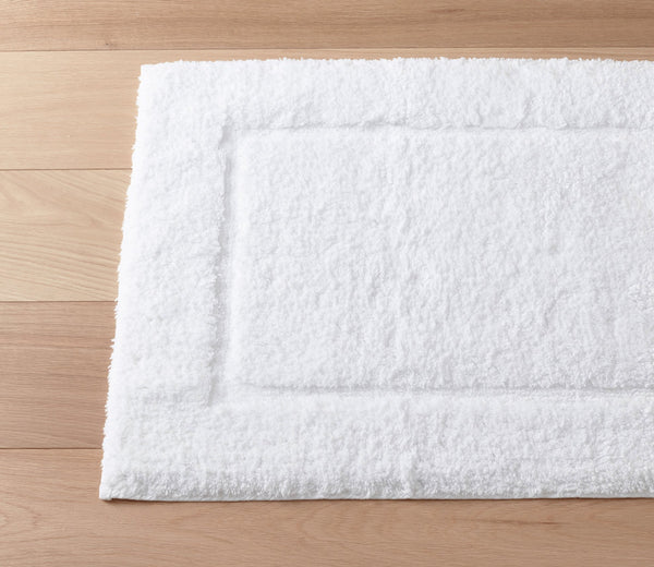Milagro Bath Rug White
